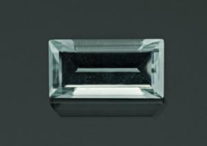 Aquamarine 2.75 carat.